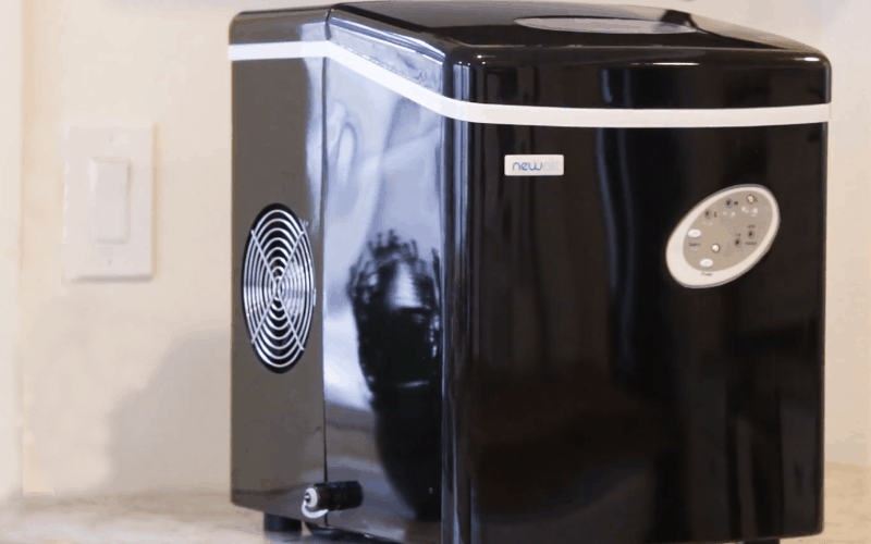 Clean a Portable Crushed Ice Maker
